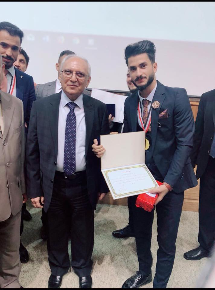 Minister of Higher Education honors one of the students of University of Basrah for get on the first place in the forum of creators